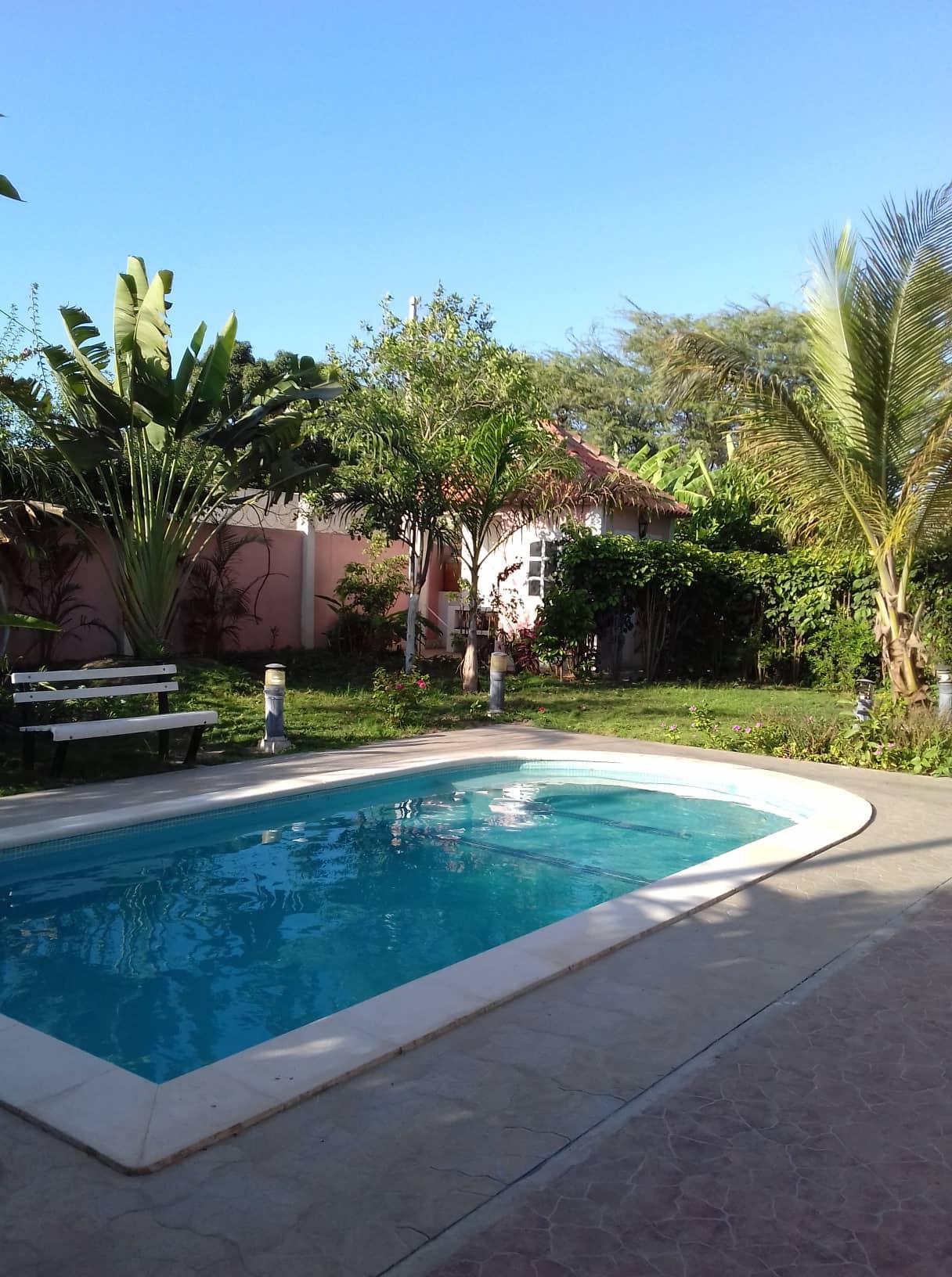 Paz Tropical 2 – Quarto para alugar