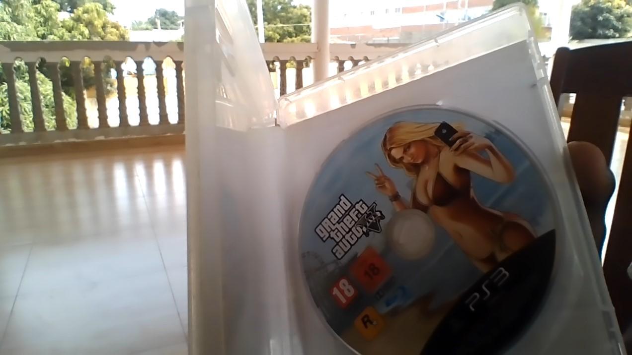 Jogo GTA 5 da PS3 8mil com desconto.