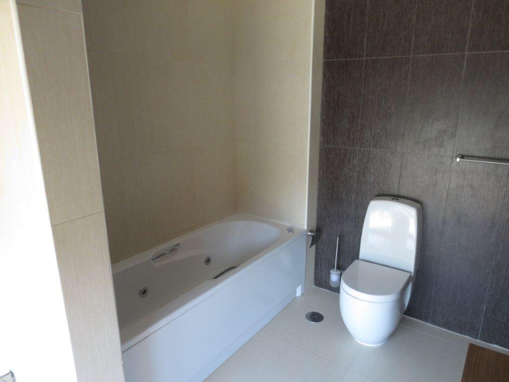 Vendo Casa V3+1 KYANDA TALATONA
