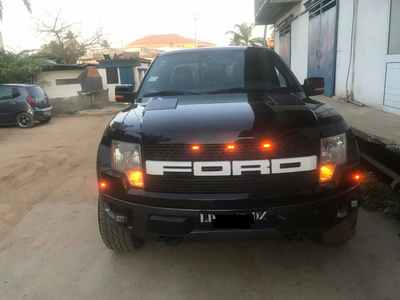 Vende-se esta Ford Raptor | preço 13 milhoes | Gps cacuaco/Camama