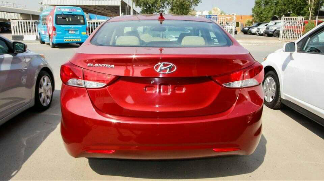 Hyundai Elantra à venda 932453628..993941241