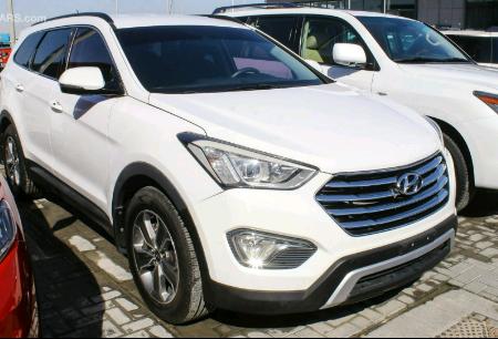 Hyundai Grande Santa Fê a venda