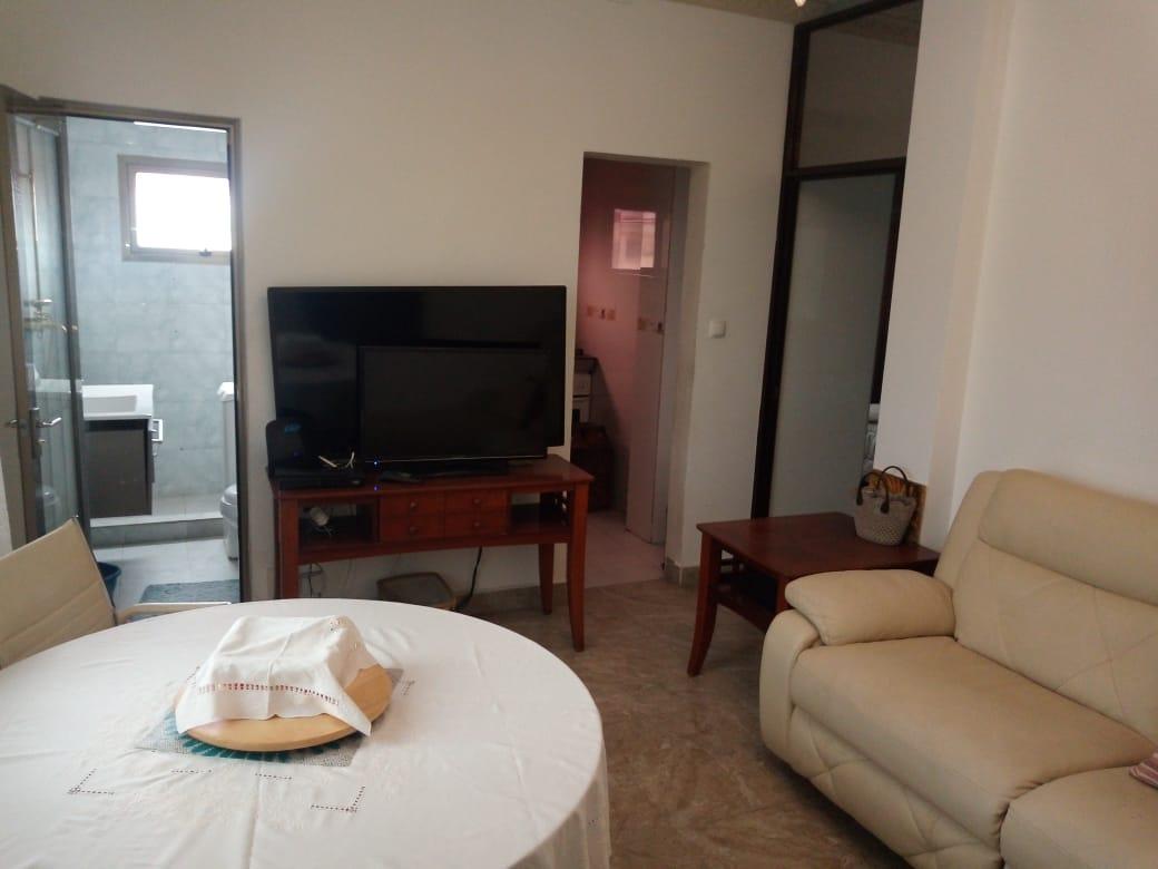 Myhouseangola.com Arrenda-se Apartamento T1 no Mártires.