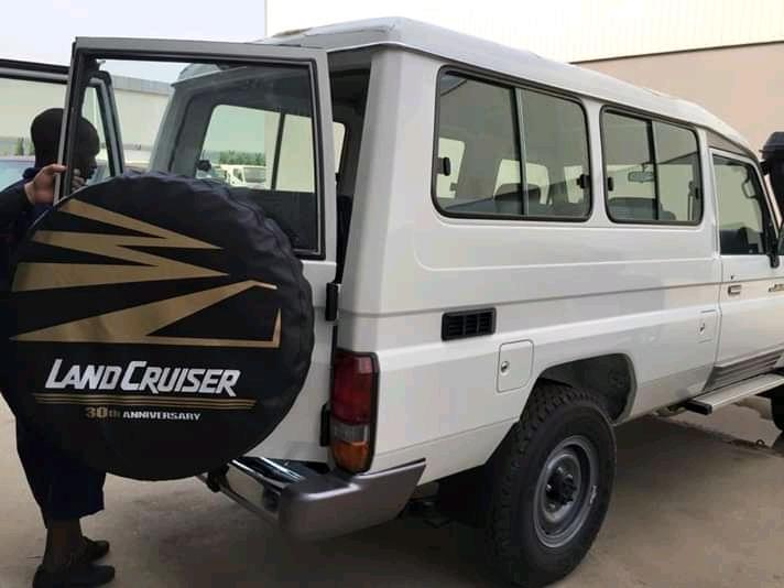 Toyota Land Cruiser Chefe máquina